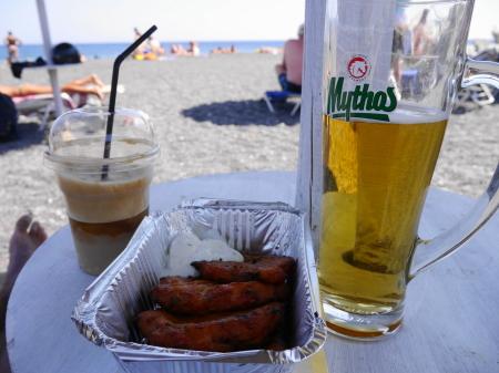 カマリビーチ 昼食