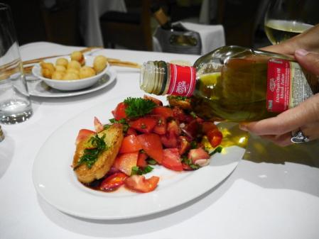 マッシモ トマトサラダ