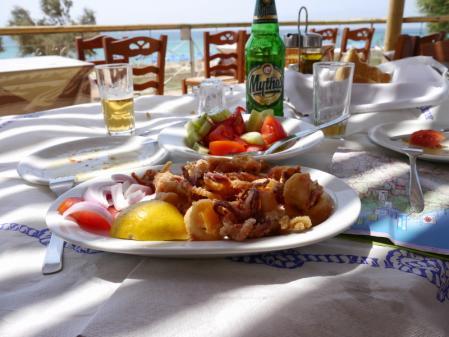 プラカビーチ昼食