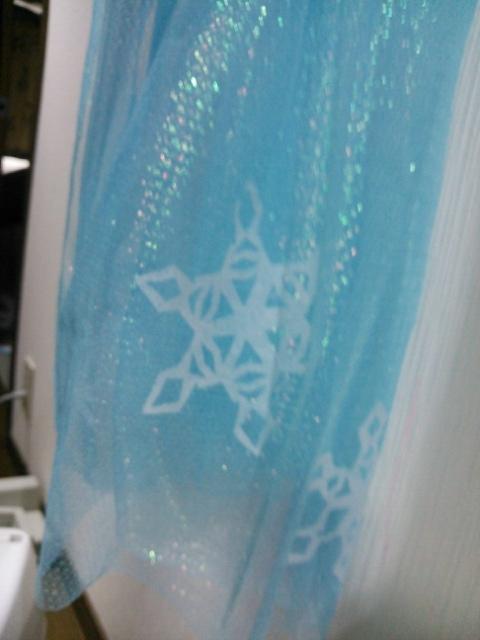 frozen エルサ 女王 アナと雪 結晶 手作り マント3