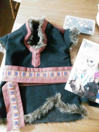 クリストフ アナ 手作り アナと雪の女王 ハンドメイド 衣装 コスプレ コスチューム 仮装 ハロウィン Dハロ ディズニーハロウィン disney Kristoff halloween costume Frozen