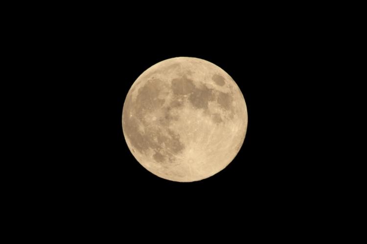 moon0919_0002f.jpg