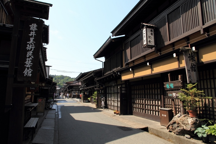 takayama0526_0003f.jpg