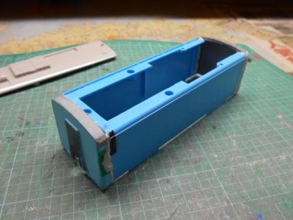 最後の改造へ・・・キハ32海洋堂ホビートレインを作る・・・加工編