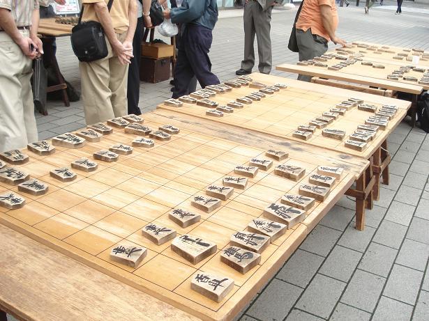2013.6.22 新橋駅前2