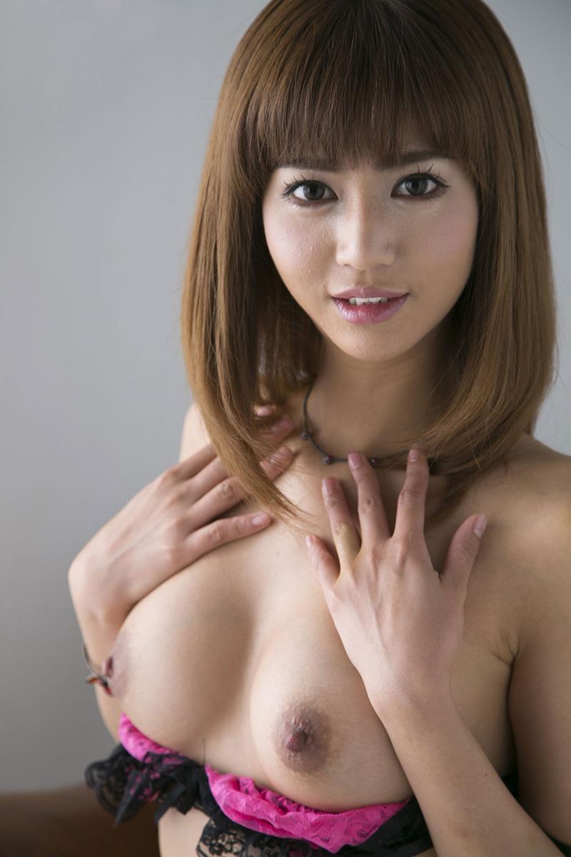 【No.17588】 おっぱい / 麻生希