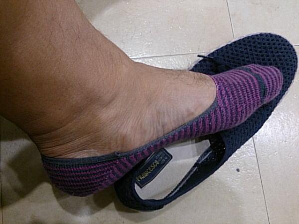 こんな靴下を買ったのですが
