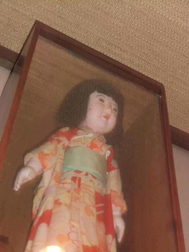 4-不気味な日本人形