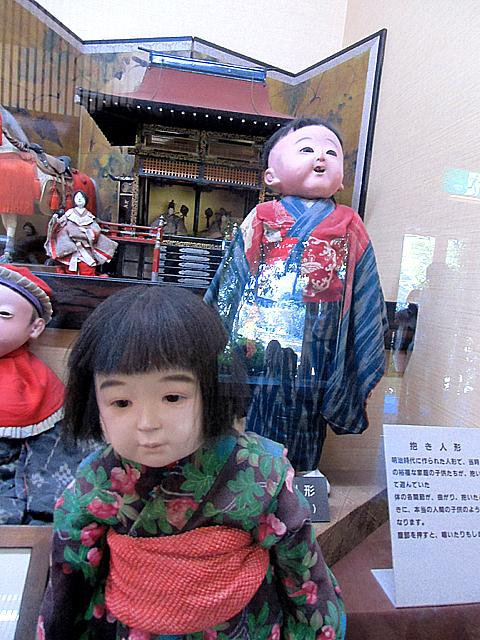 11-抱き人形