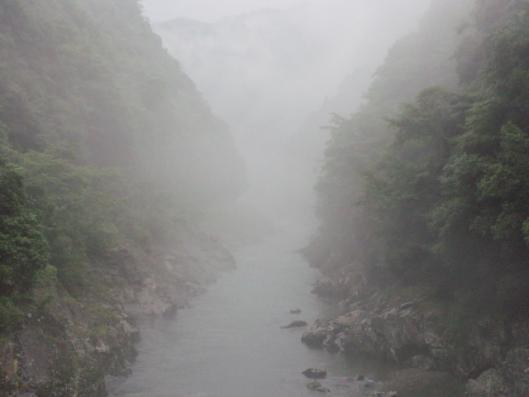 霧の匹見川3