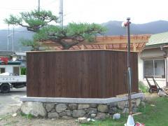 板塀と屋根
