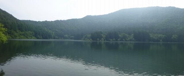 こちらは北竜湖