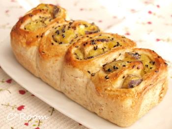 白ゴマグラハムパン(さつま芋)1