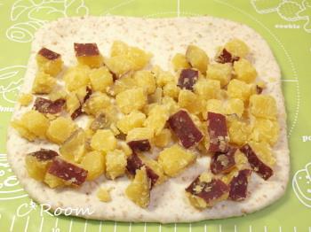 白ゴマグラハムパン(さつま芋)2