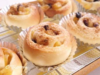 林檎とレーズンのミニパン