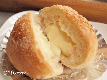 クリームチーズパン3