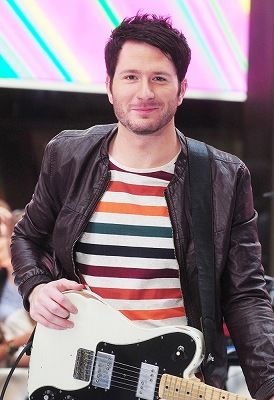 s-owl-city-performing-today-show-06.jpg