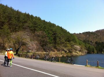 20130508CAAD10樽滝ライド北竜湖