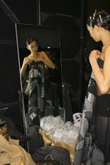 杏の乳首ファッションショーステージ裏画像
