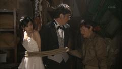 石橋杏奈ドレスの谷間画像