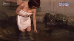 古瀬絵理入浴前屈み谷間チラ画像