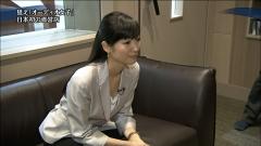 大江麻理子胸チラ画像2