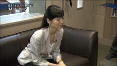 大江麻理子胸チラ画像3