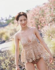 安田美沙子透け透けキャミソール画像