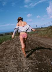 佐々木希のプリケツはみ尻食い込み画像