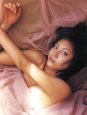 相武紗季のおっぱいと脇画像