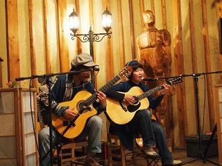 20130504八木亭ギター歌