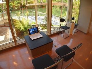 20130513月の庭パソコン