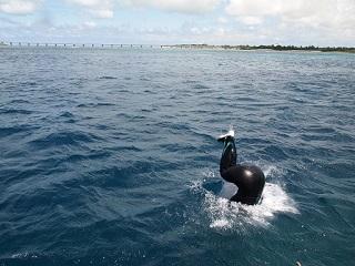 20130524宮古島バック転着水