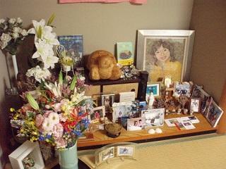 祭壇と花束