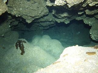 20130629スネークホール内洞窟