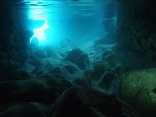 20130704ツインホール水中幻影