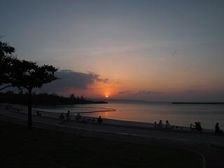 宮古島パイナガマビーチ夕日