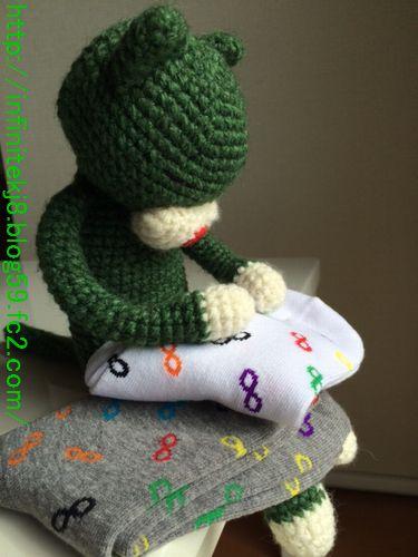 socksinf2.jpg