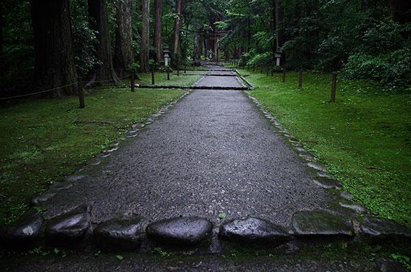 平泉寺の参道