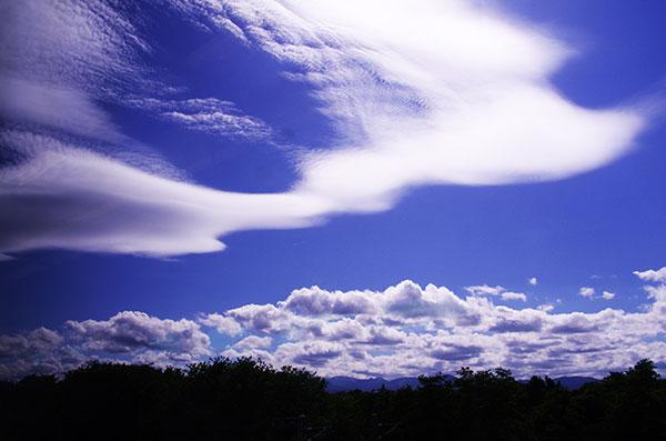 北上市上空の奇雲