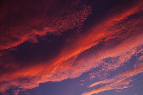 東和町の夕空