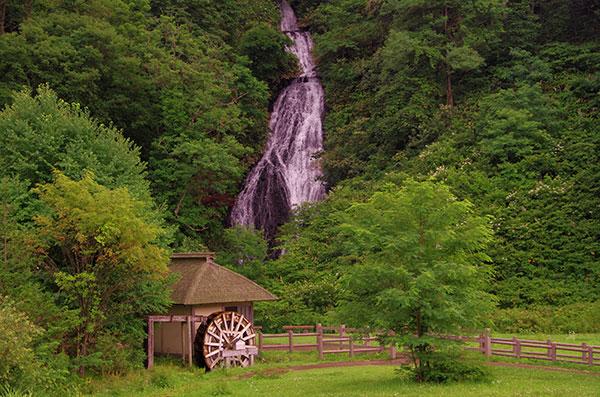 小坂の七滝