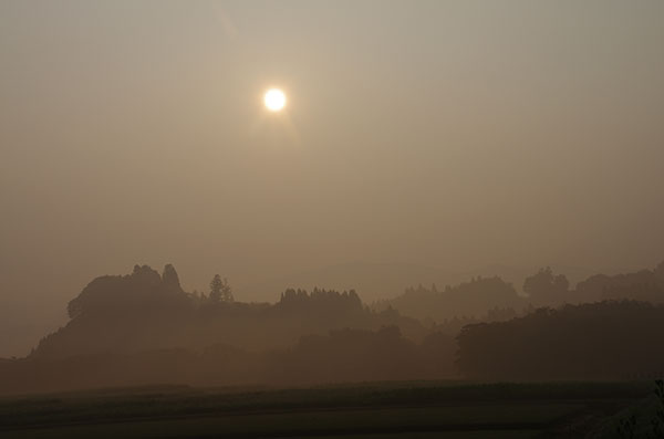 朝霧と昇陽