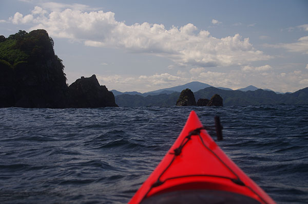 三貫島近海から五葉山遠望