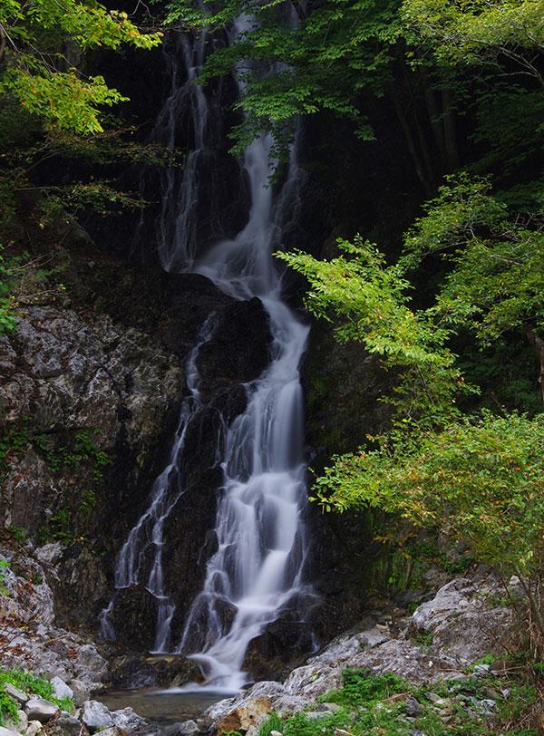 陸前高田の白糸の滝