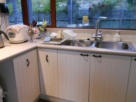 Old kitchen-L