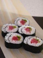 Maguro rolls