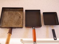 Square frying pans
