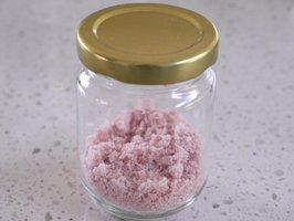 Sakura-salt in jar