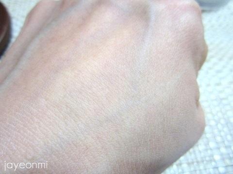 banila co_バニラコ_プライムプライマー_フィニッシュパウダー(6)